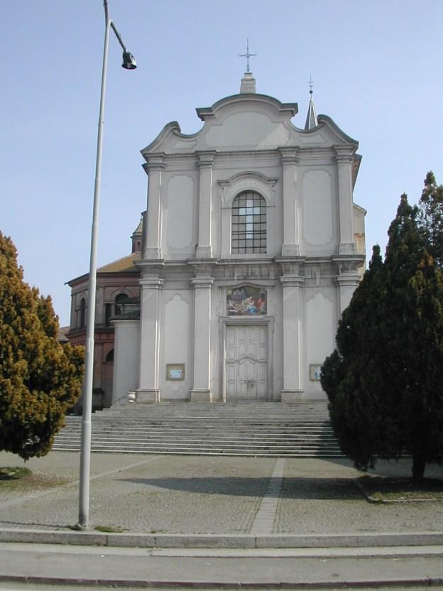 Castelnouvo kerk voor
