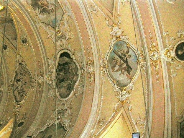 Castelnuovo kerk se dak